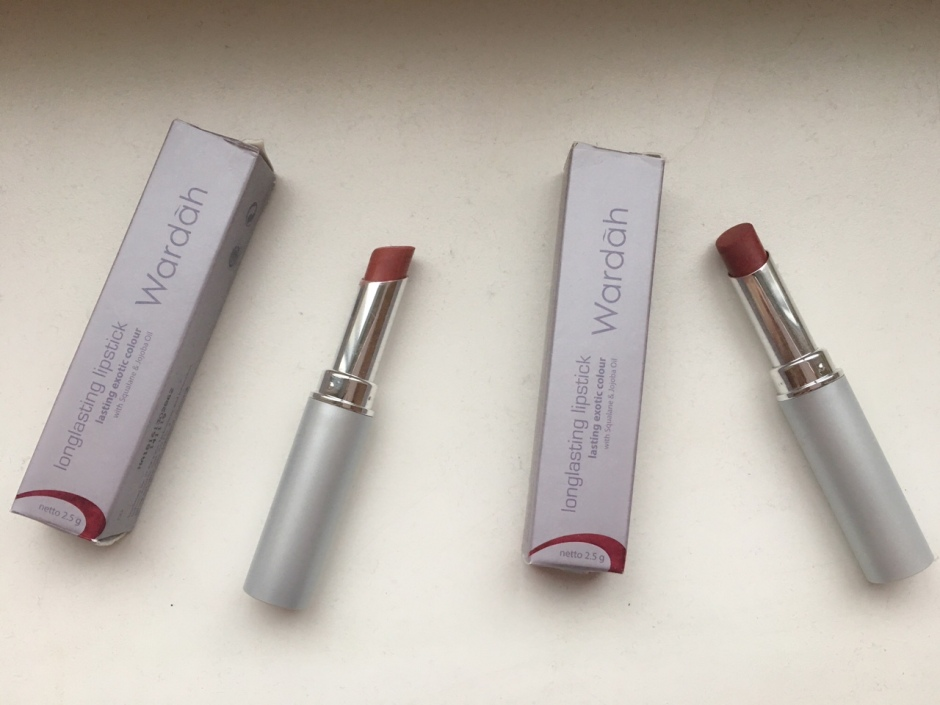 Wardah Longlasting Lipstick Review Stylish Mocca Lustrous Red